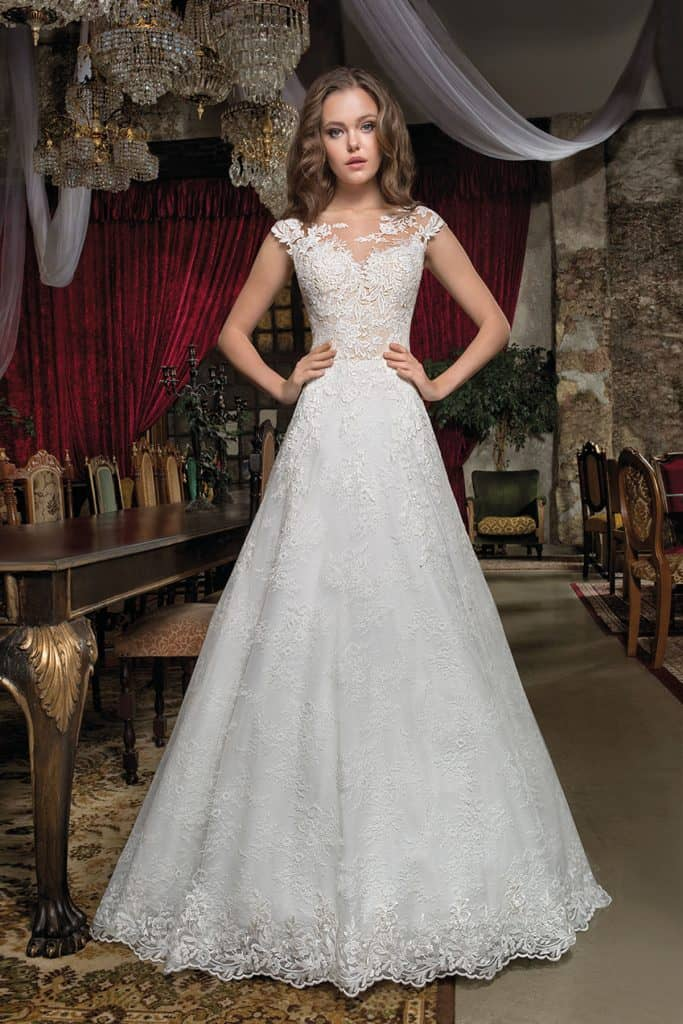 Brautmode Cosmobella | Brautkleid 7931