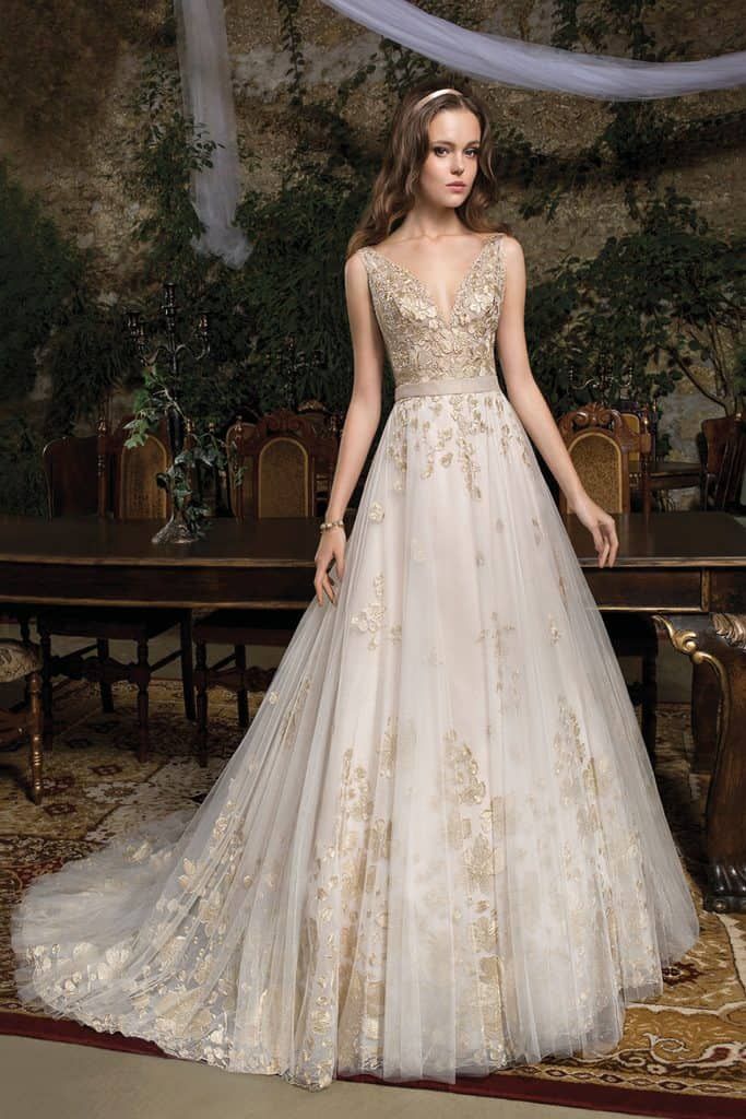 Brautmode Cosmobella | Brautkleid 7944