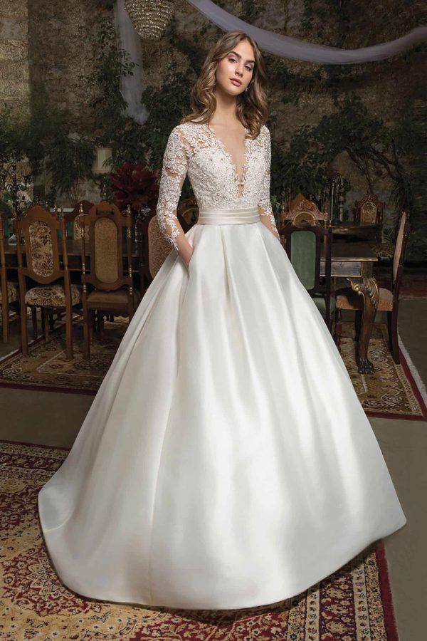Cosmobella 7950 | Prinzessinnen Brautkleid Royal | Hochzeitskleid A-Linie | Brautmode Köln Anna Moda