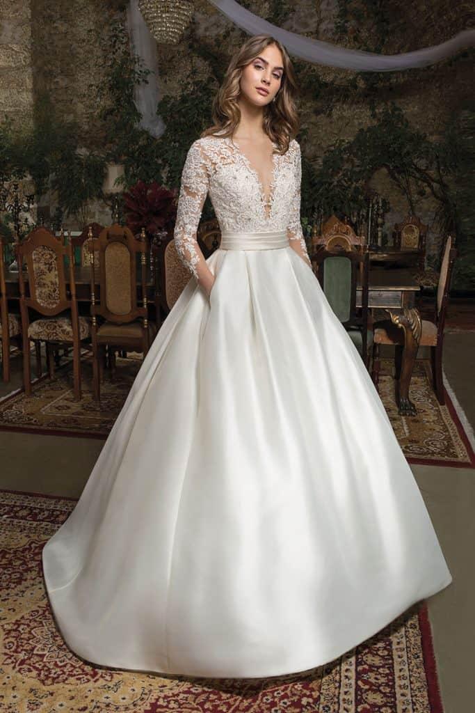 Brautmode Cosmobella | Brautkleid 7950