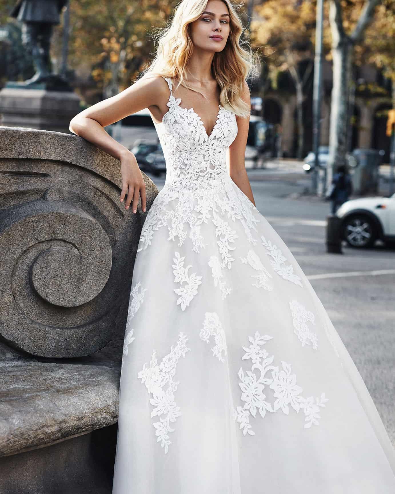 Luna Novias Verti   Prinzessinnen Brautkleid   Hochzeitskleid A-Linie   Brautmode Köln Anna Moda   C