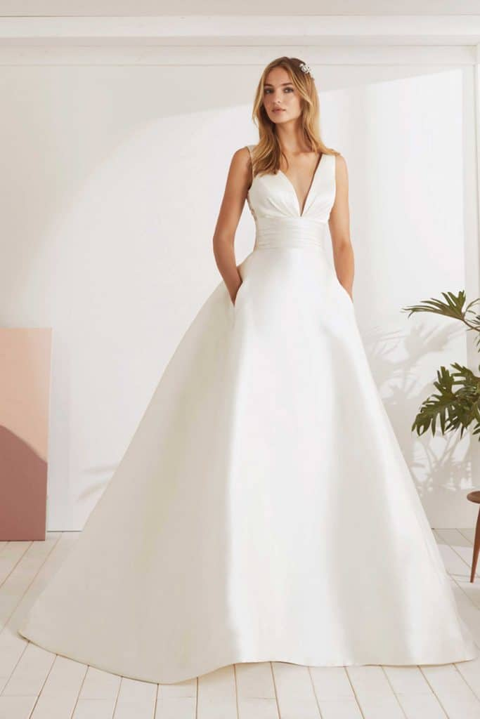Brautmode White One | Brautkleid Odina