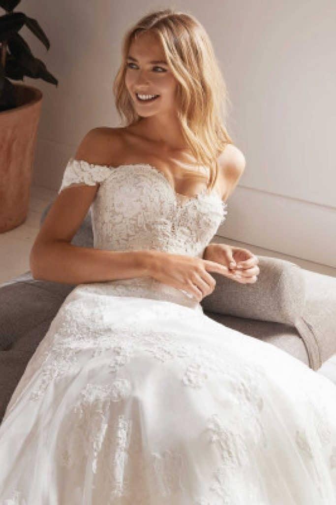 Brautmode White One | Brautkleid Oliola