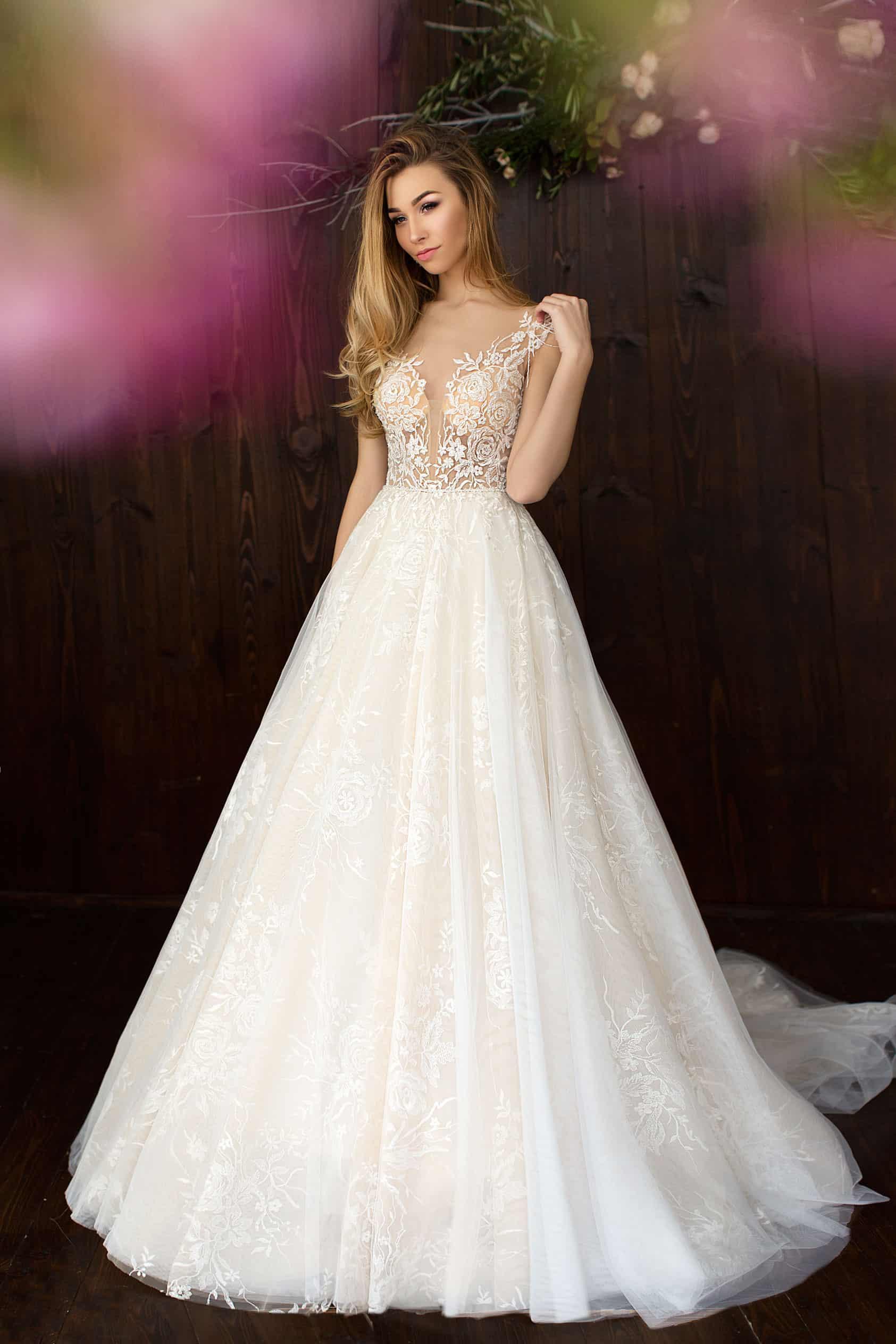 Pollardi Send Rose | Prinzessinnen Brautkleid | Hochzeitskleid A-Linie | Brautmode Köln Anna Moda