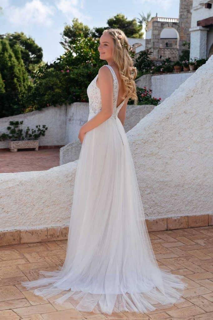 Brautmode Amelie | Brautkleid 20112