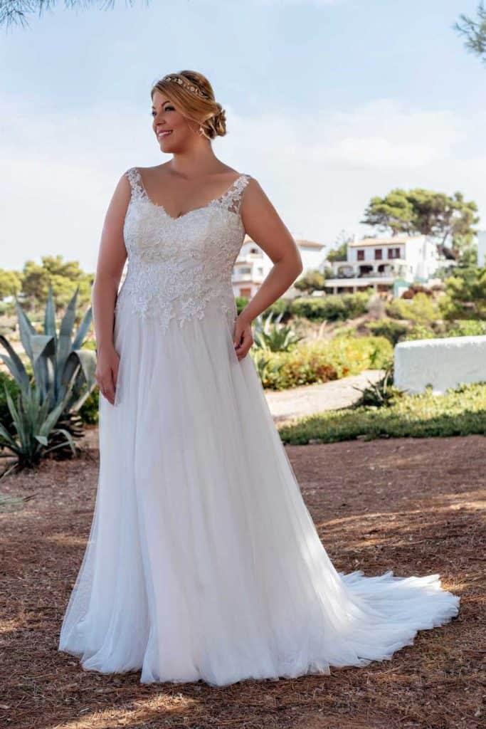 Brautmode Amelie | Brautkleid 20121