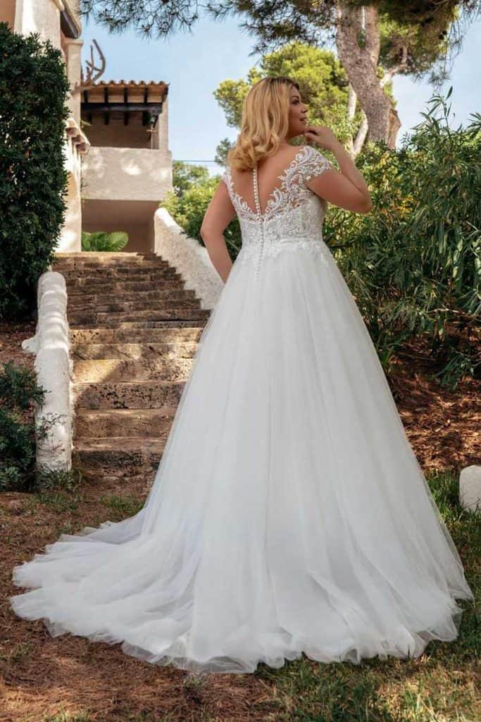 Brautmode Amelie | Brautkleid 20123