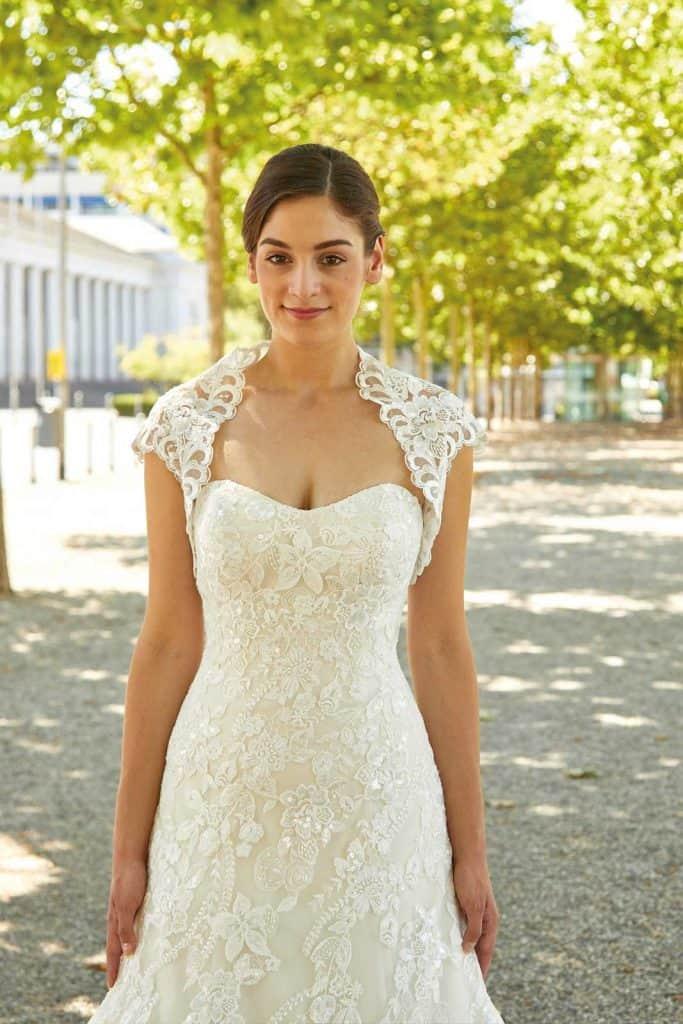 Brautmode Diane Legrand | Brautkleid 30333
