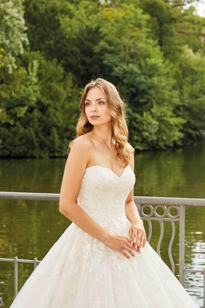 Brautmode Diane Legrand | Brautkleid 50209