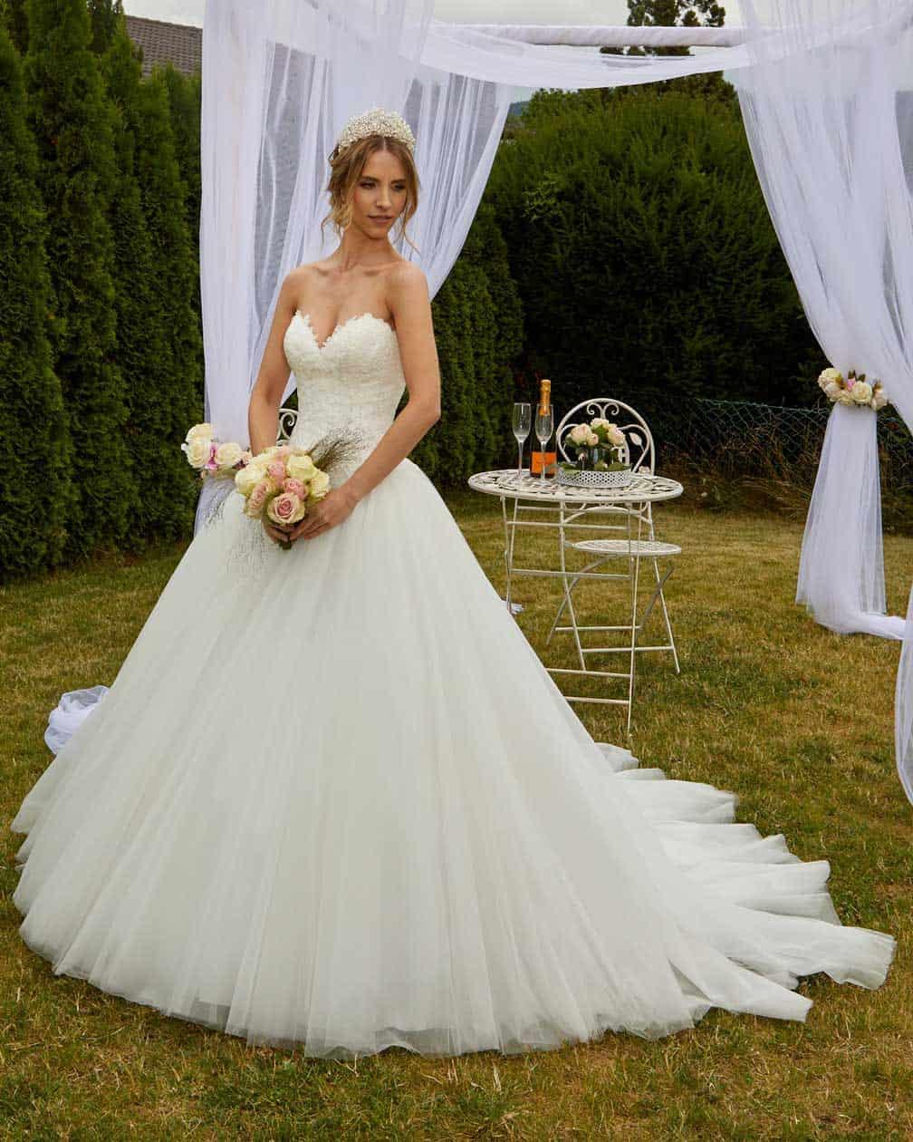 """Hochzeits-Blog """"meine Brautmode"""""""