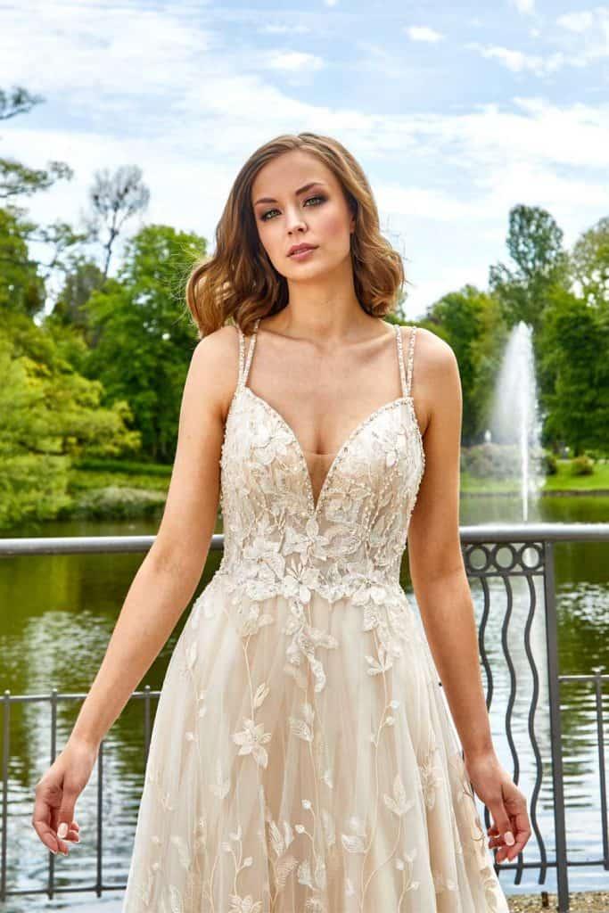 Brautmode Lisa Donetti | Brautkleid 2069