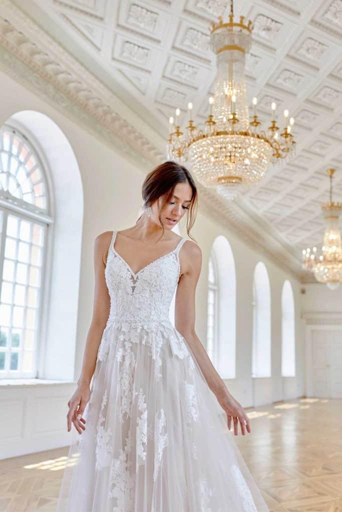 Brautmode Diane Legrand | Brautkleid 7636