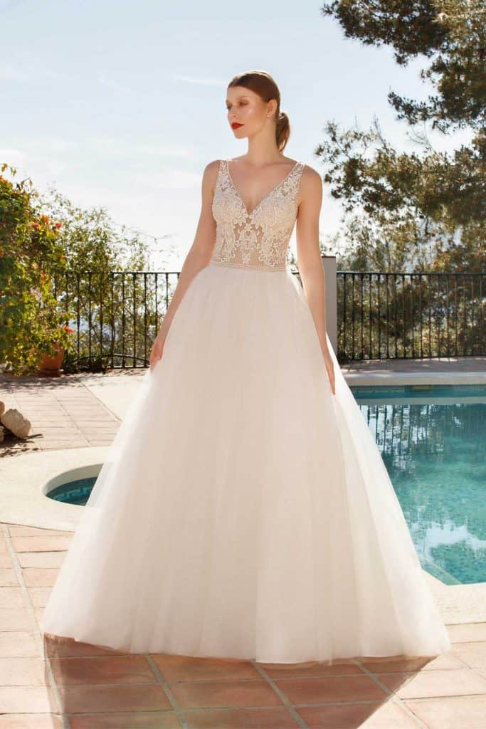Brautmode Jarice | Brautkleid Tiara