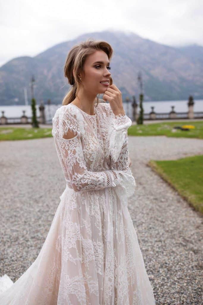 Brautmode Daria Karlozi | Brautkleid 8109