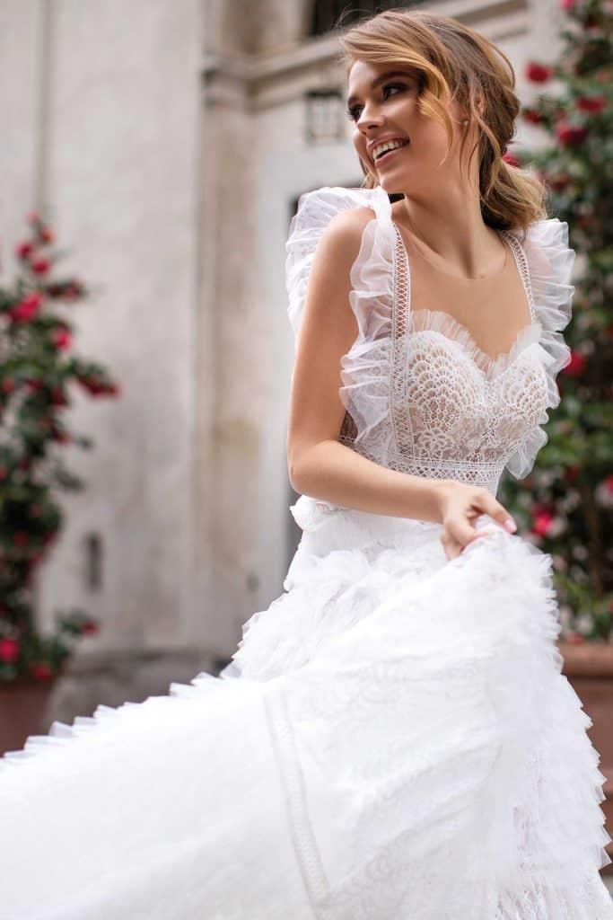 Brautmode Daria Karlozi | Brautkleid 8110
