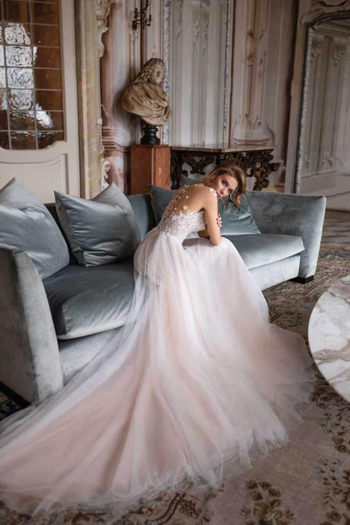 Brautmode Daria Karlozi | Brautkleid 8112