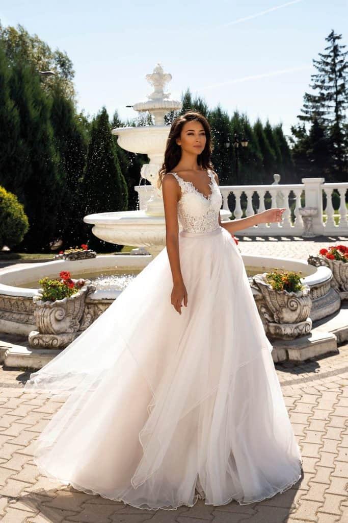 Brautmode Tina Valerdi | Brautkleid Cleopatra