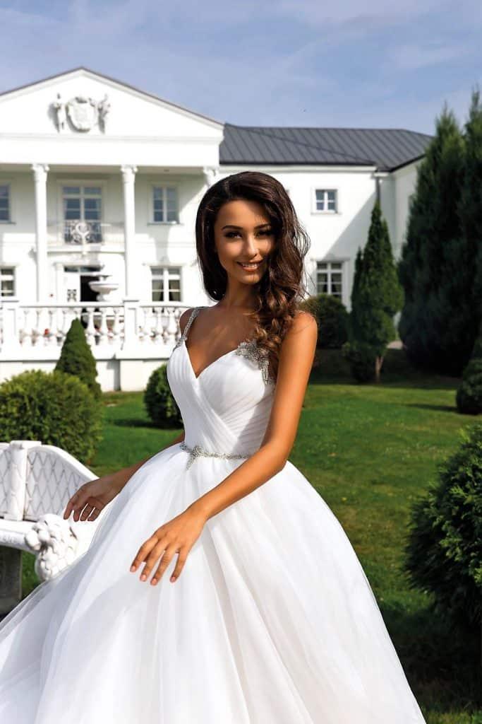 Brautmode Tina Valerdi | Brautkleid Daphne