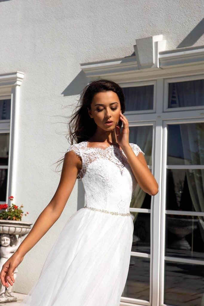Brautmode Tina Valerdi | Brautkleid Donna