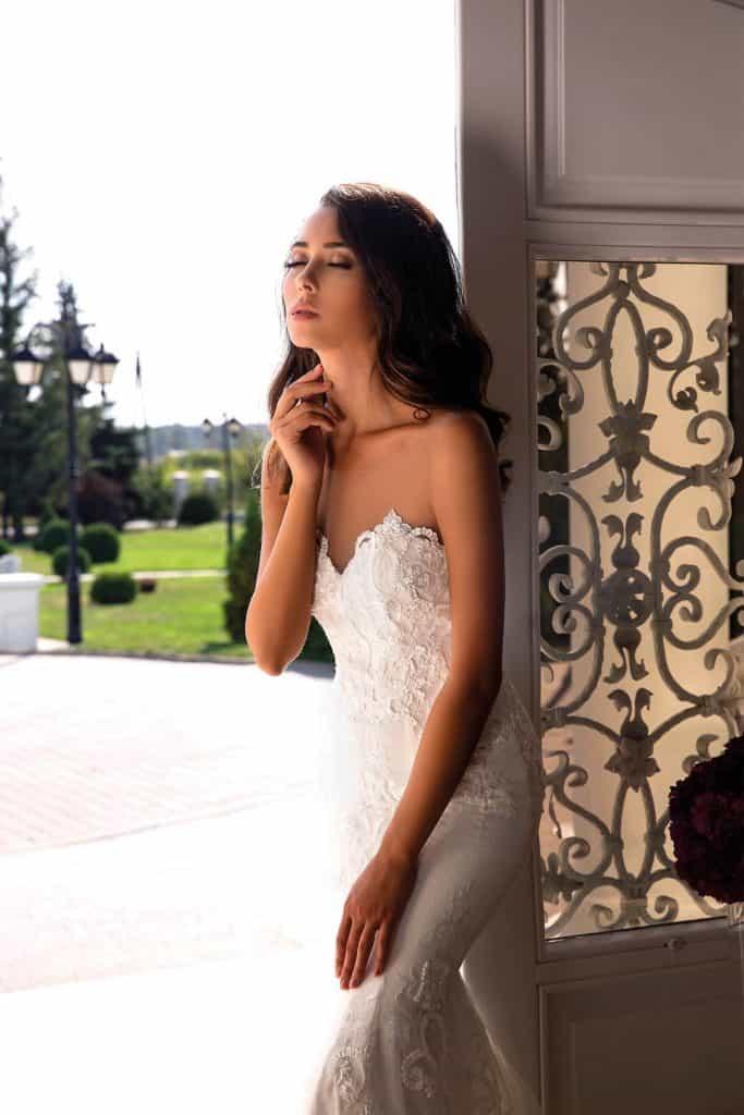 Brautmode Tina Valerdi | Brautkleid Flora