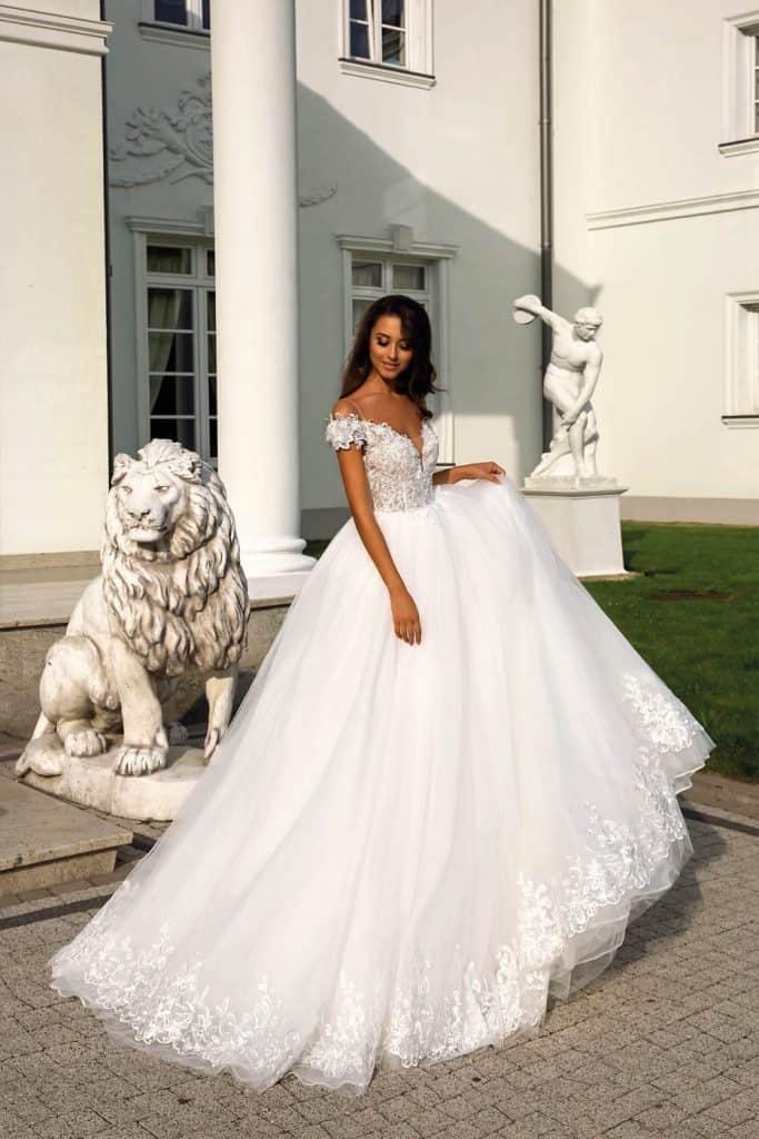 Brautmode Tina Valerdi | Brautkleid Liberty